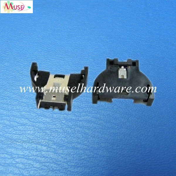 Vertical  battery holder for cr2032 battery